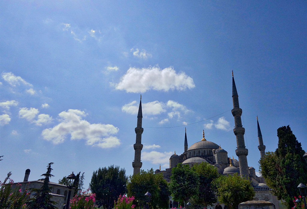 starting-with-a-istanbul-blue-mosque-6