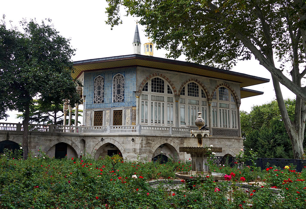 starting-with-a-istanbul-topkapi-palace-4