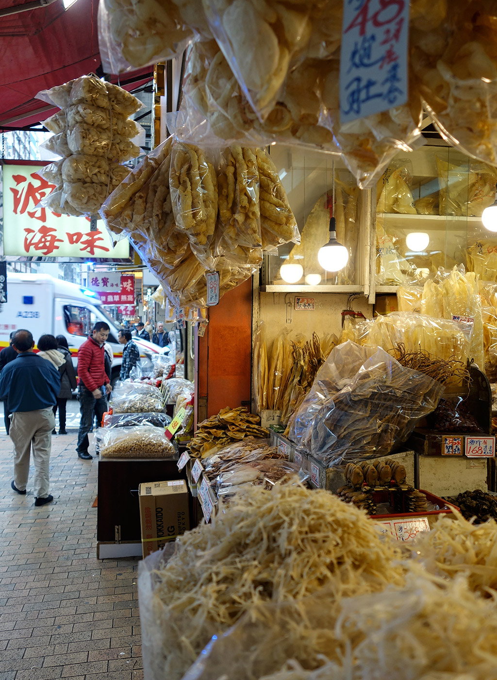starting-with-a-seafood-street-hong-kong-13