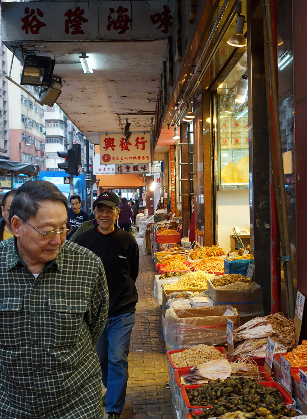 starting-with-a-seafood-street-hong-kong-14