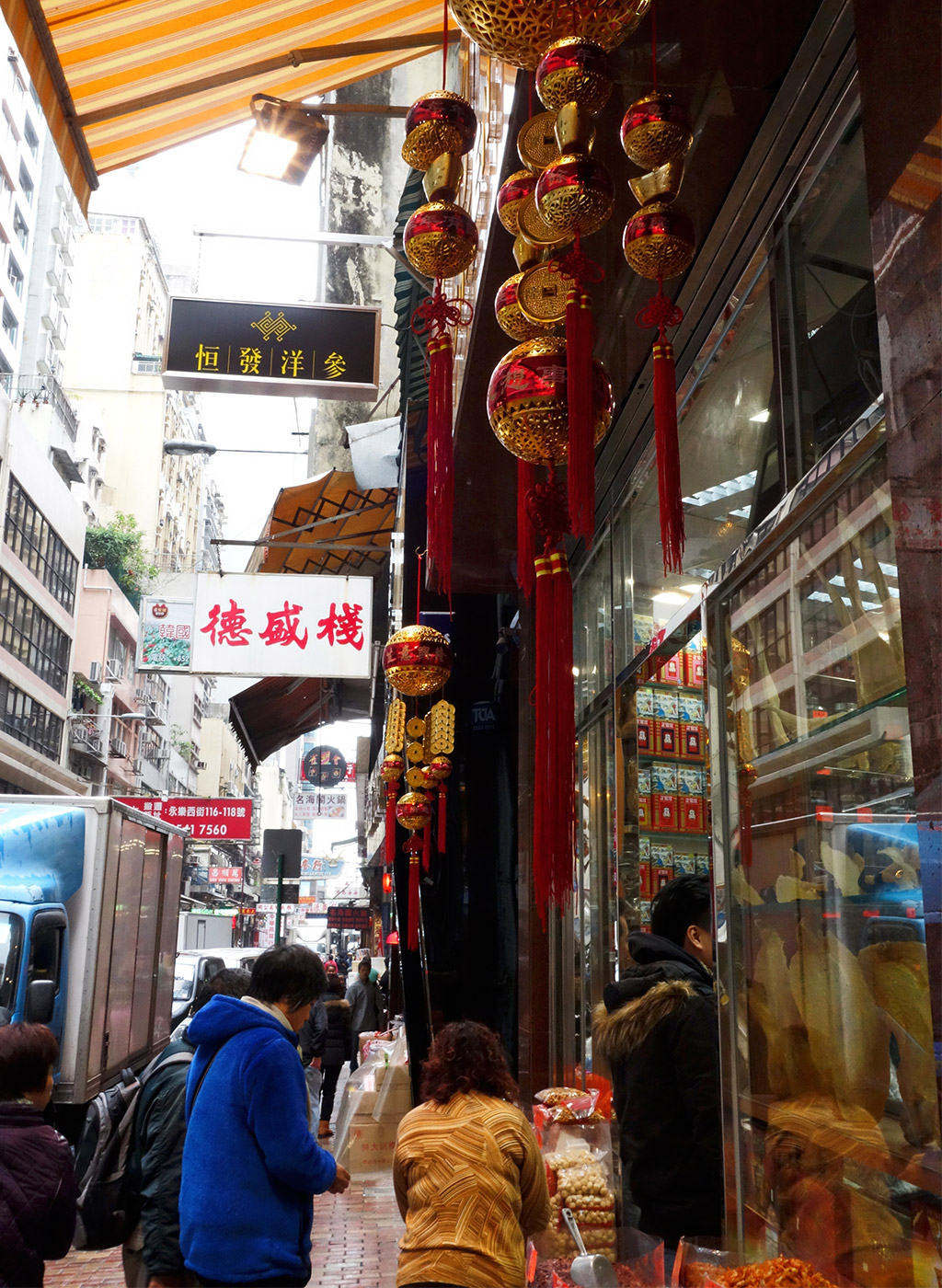 starting-with-a-seafood-street-hong-kong-21