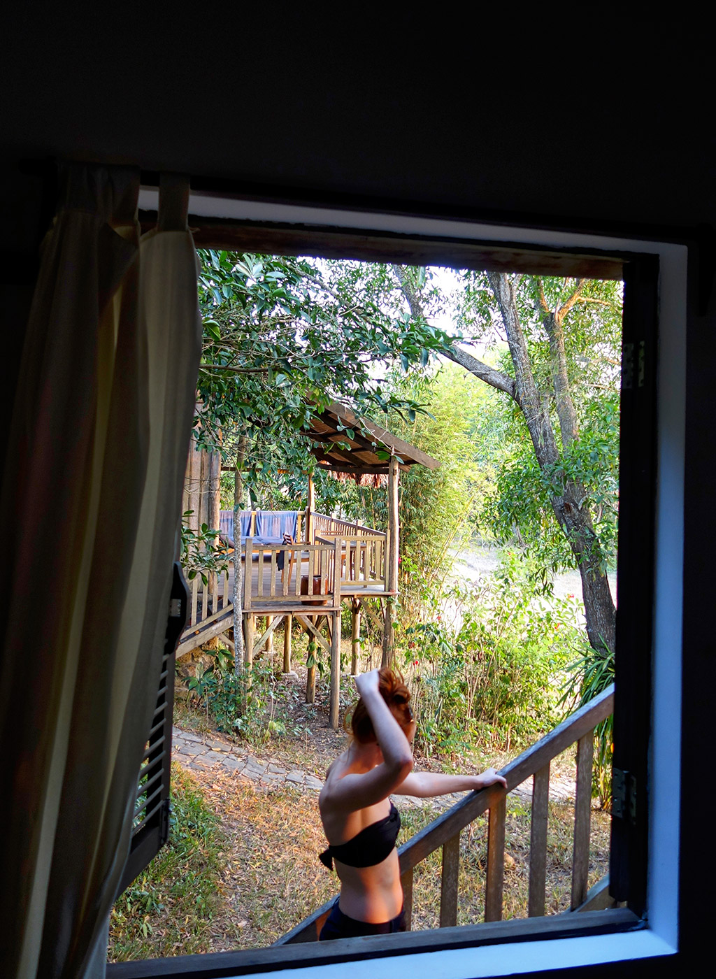 starting-with-a-travel-vietnam-ainslie-window