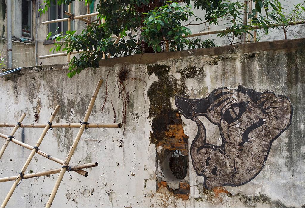 sai-ying-pun-street-art-starting-with-a-blog-11