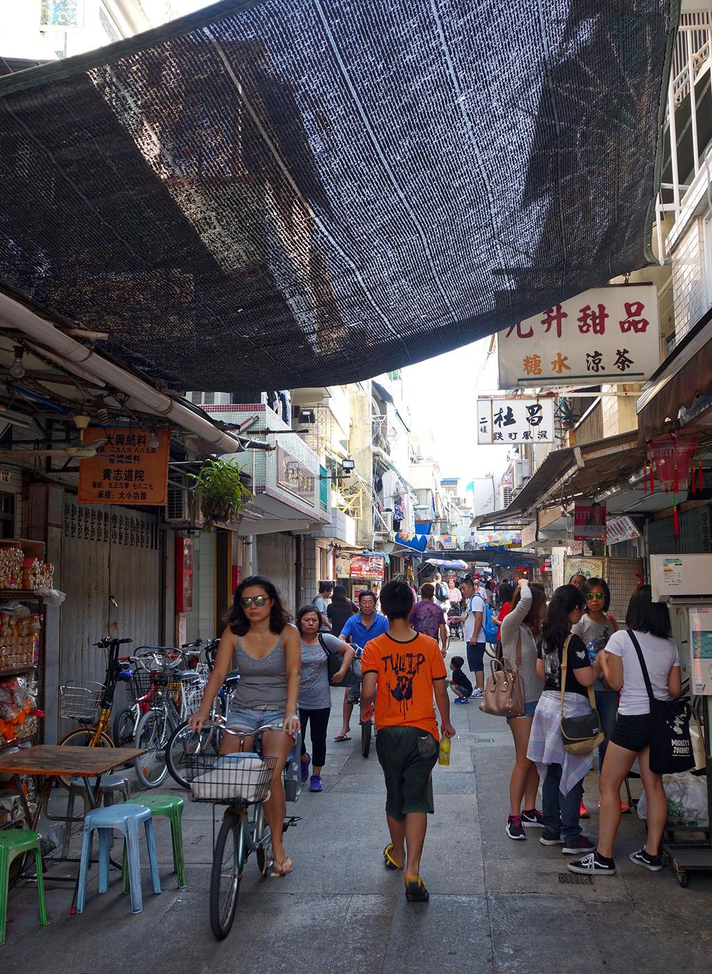 cheung-chau-hong-kong-day-trip-starting-with-a-17