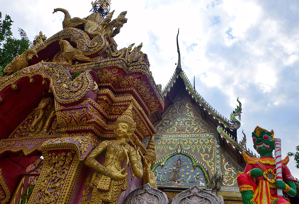 chiang-mai-thailand-sois-old-town-21