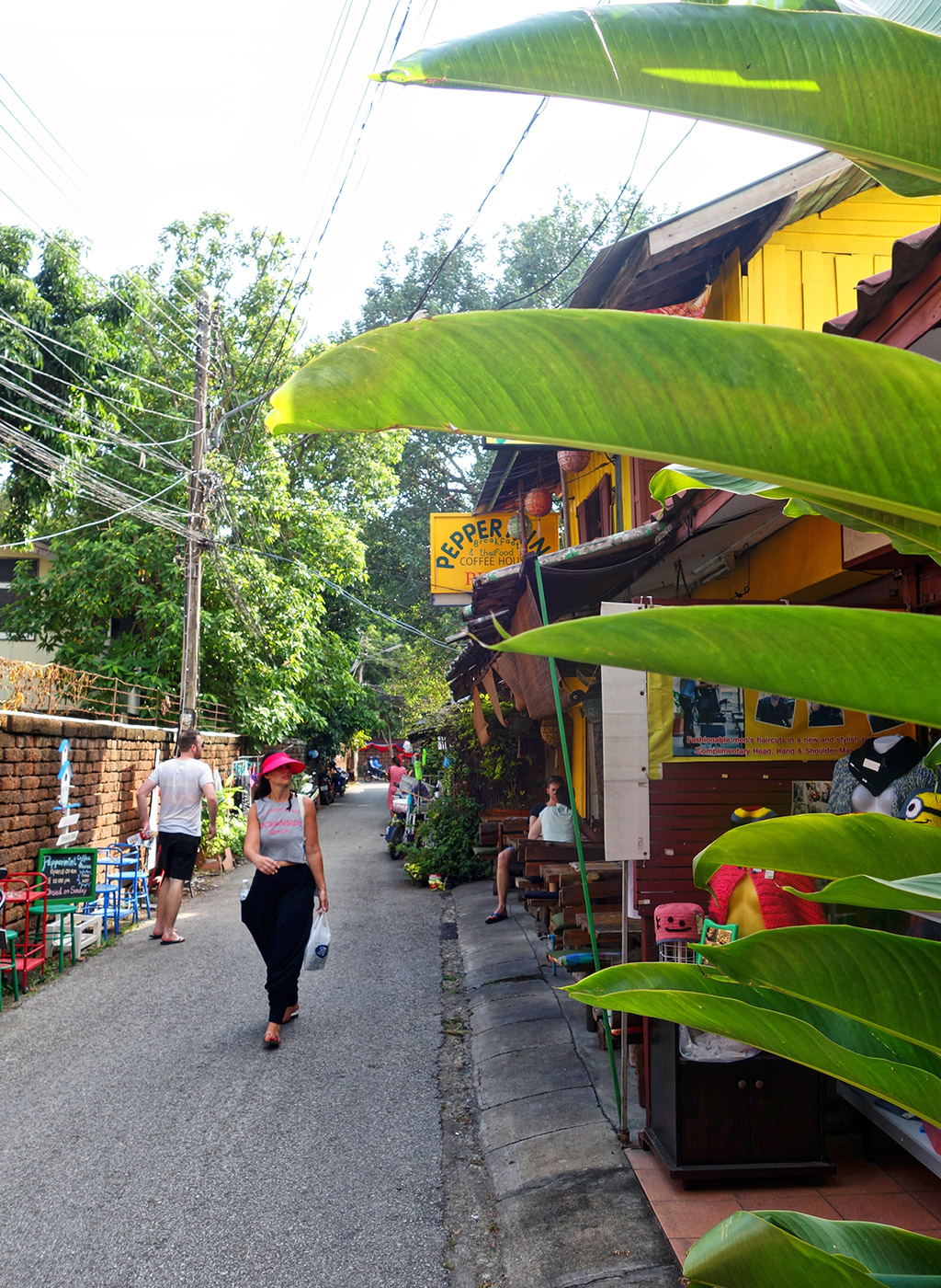chiang-mai-thailand-sois-old-town-6